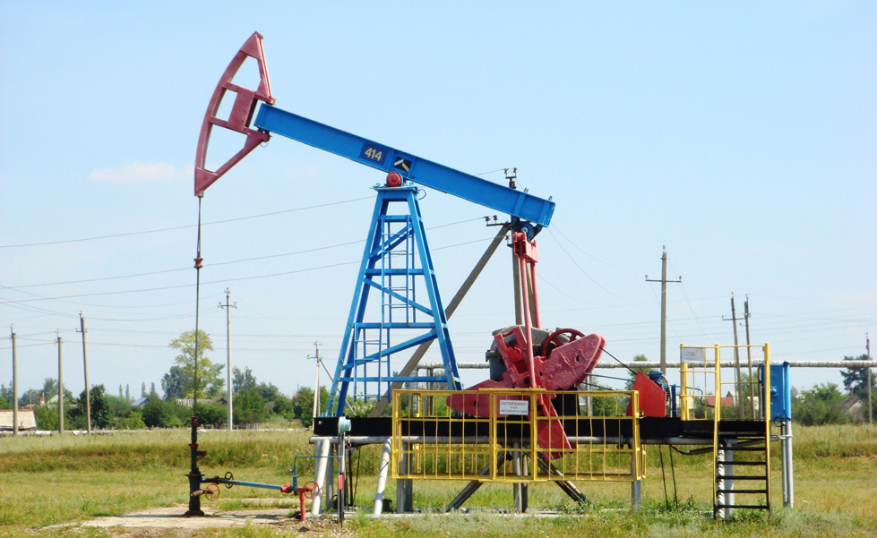 Pumpjack_in_Ishimbay
